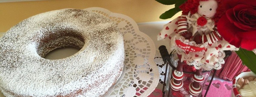 German Egg Liqueur Cake