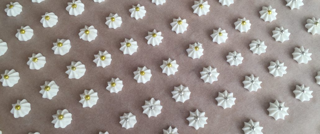 Sugar flowers for Original German Gingerbread Recipe