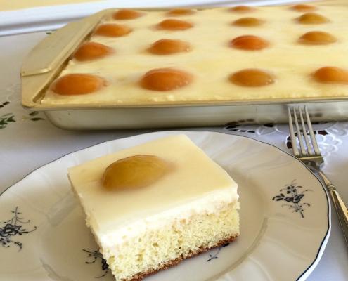 German Sunny Side Up Cake
