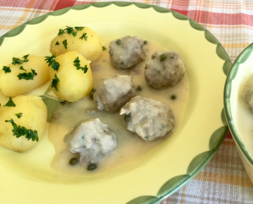 Koenigsberger Klopse German Meatballs